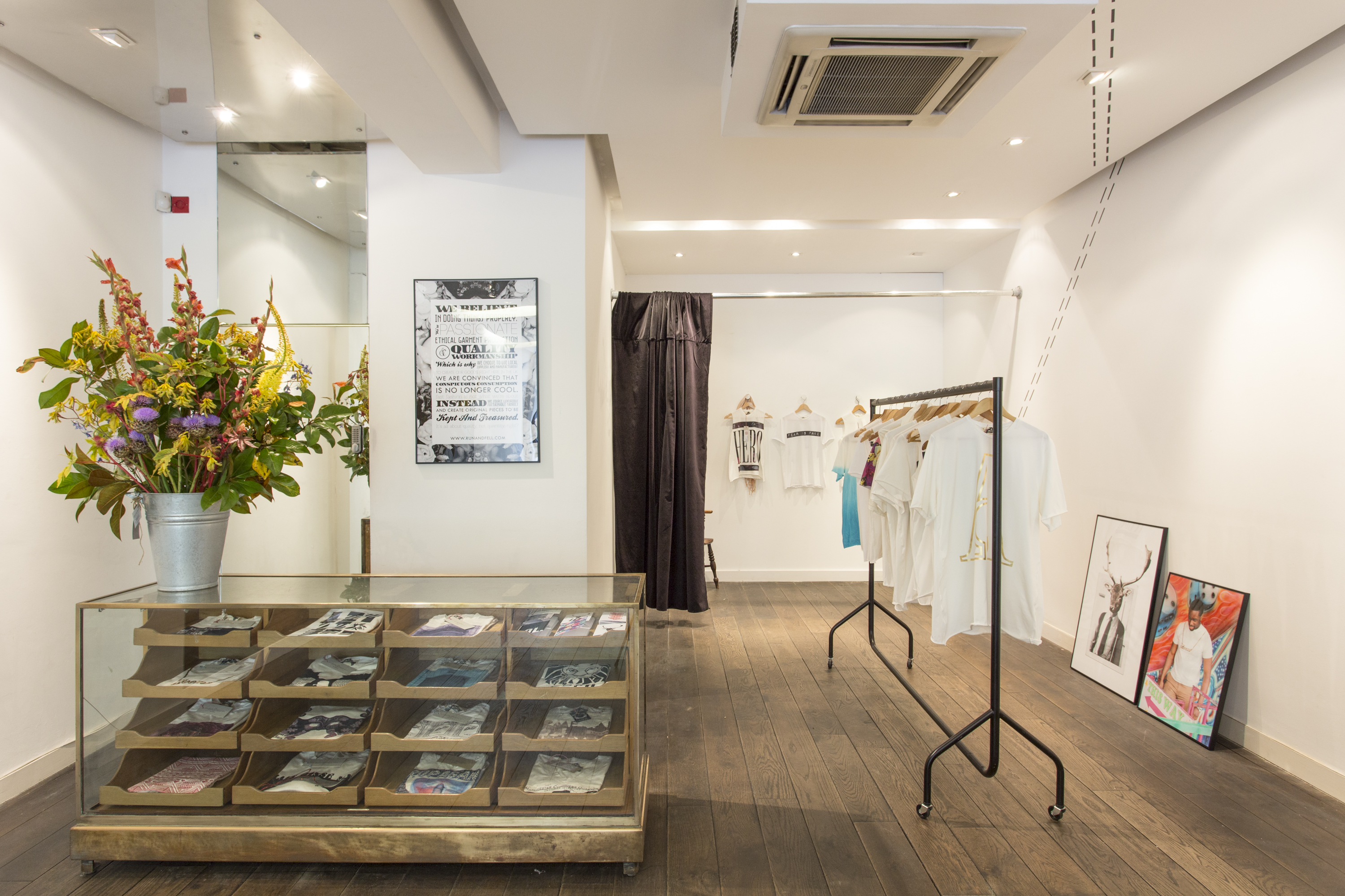 Small space design tips not tom - Small retail space collection ...